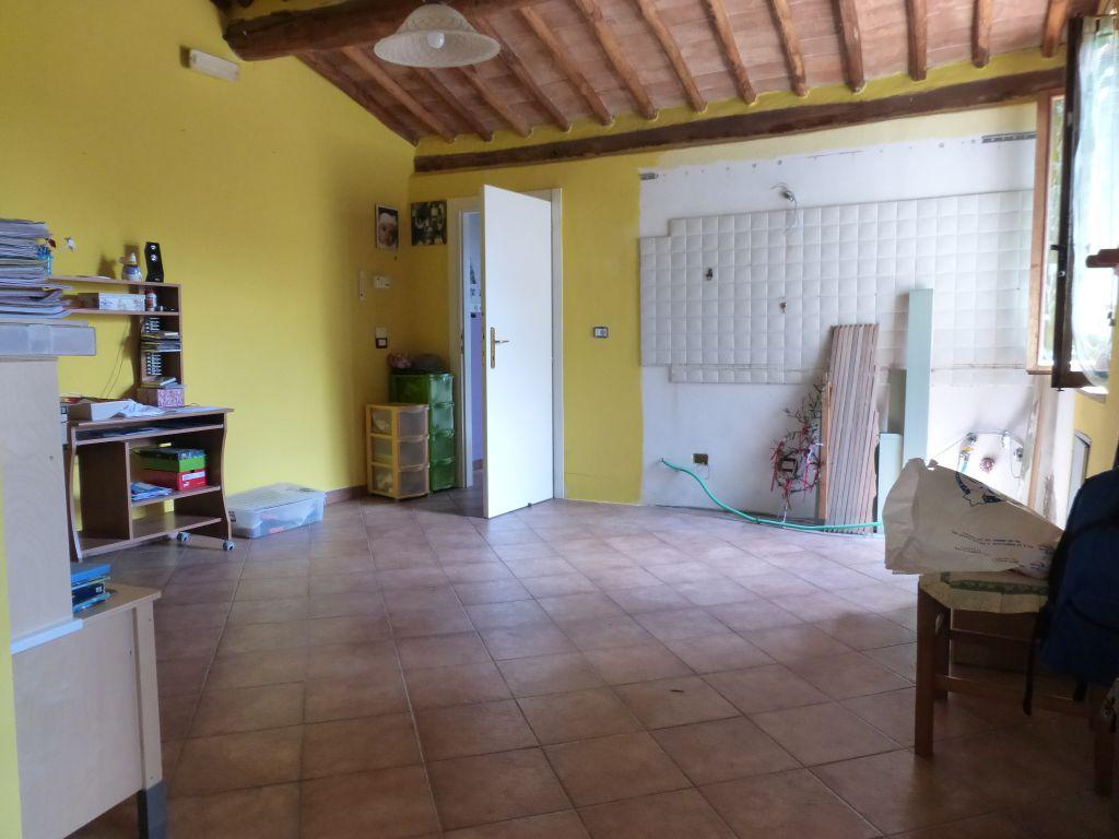 Appartamento in buone condizioni in vendita Rif. 4878974