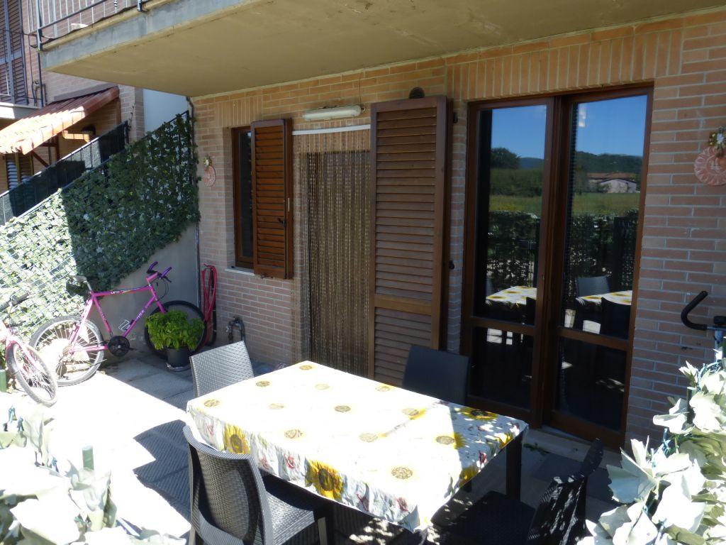 Appartamento in ottime condizioni arredato in vendita Rif. 4777445