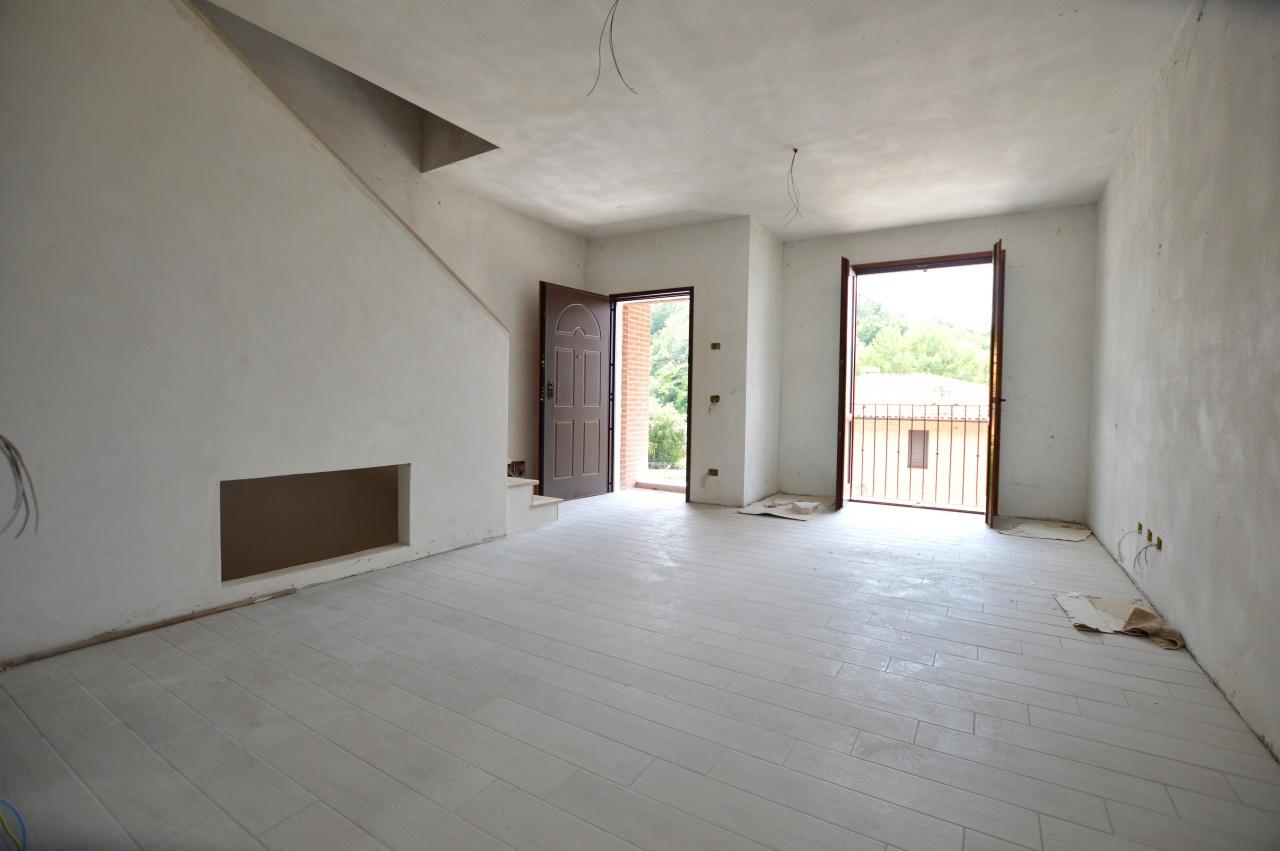 Appartamento in vendita a Murlo, 4 locali, prezzo € 165.000 | CambioCasa.it