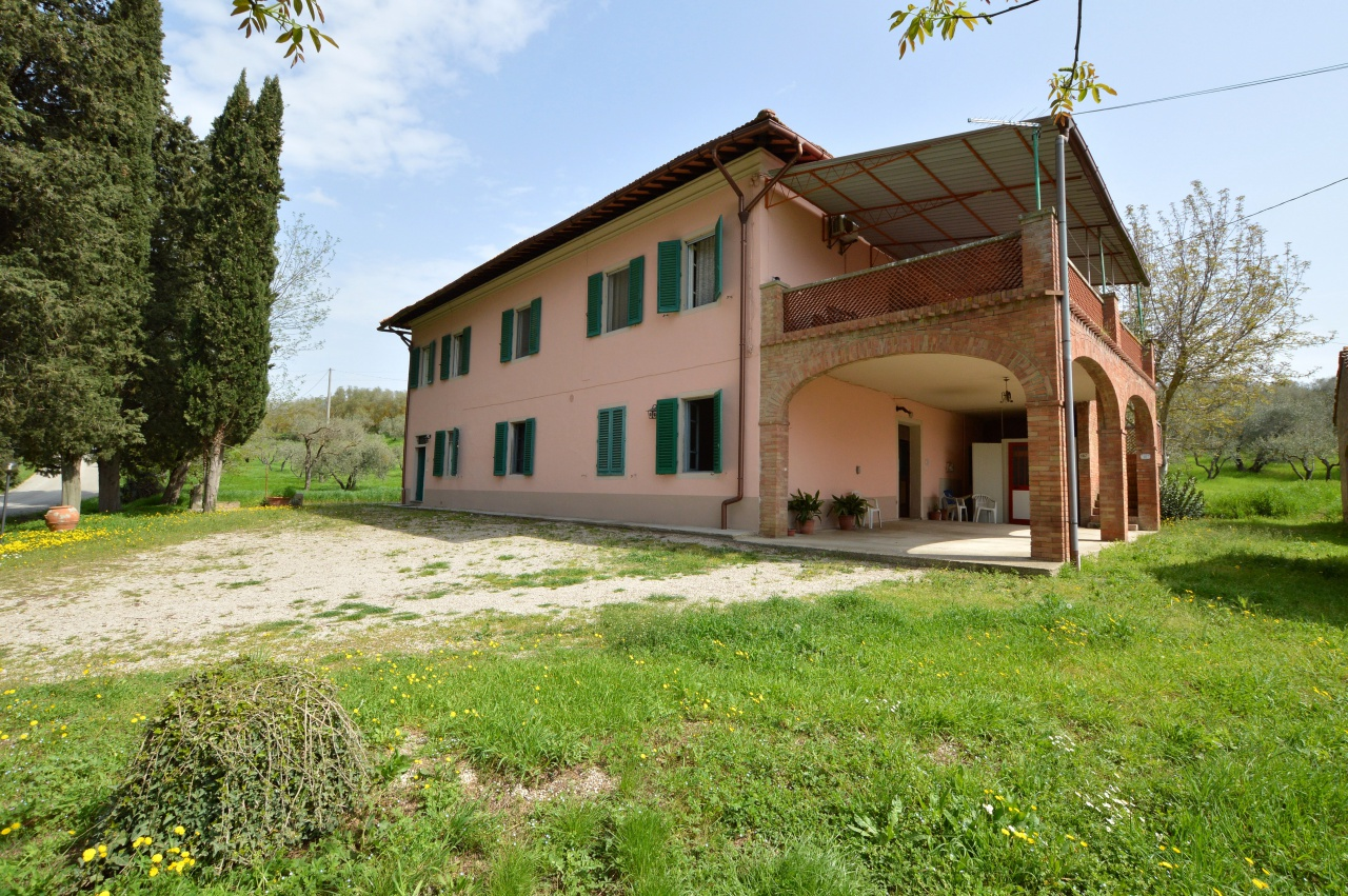 Rustico / Casale ristrutturato in vendita Rif. 6235510