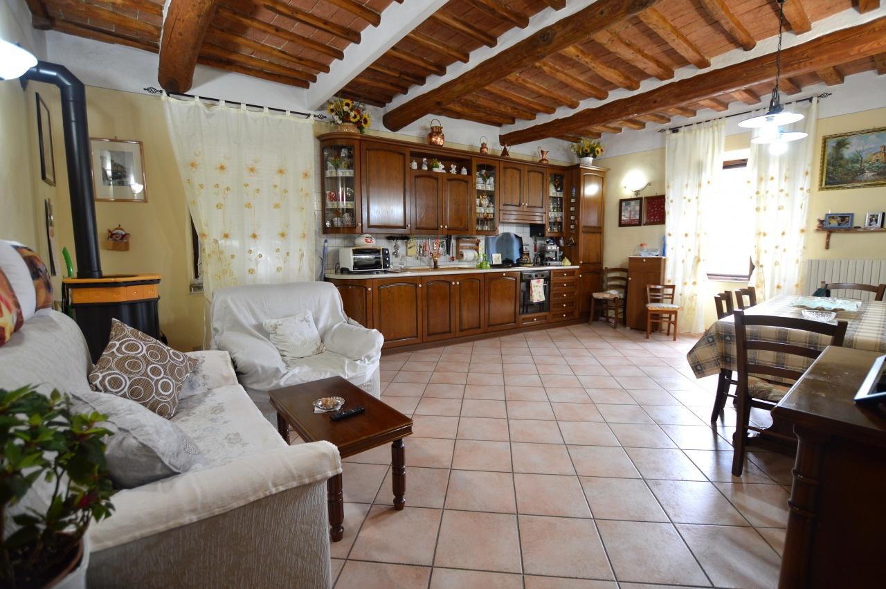 Appartamento in vendita a Sovicille, 5 locali, prezzo € 175.000   PortaleAgenzieImmobiliari.it