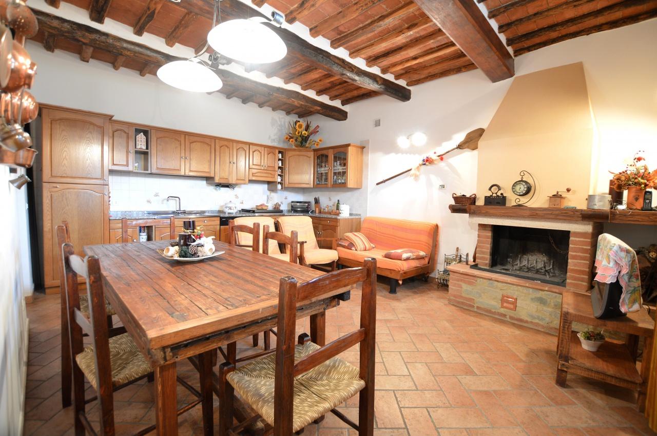 Appartamento in vendita a Sovicille, 5 locali, prezzo € 175.000 | PortaleAgenzieImmobiliari.it