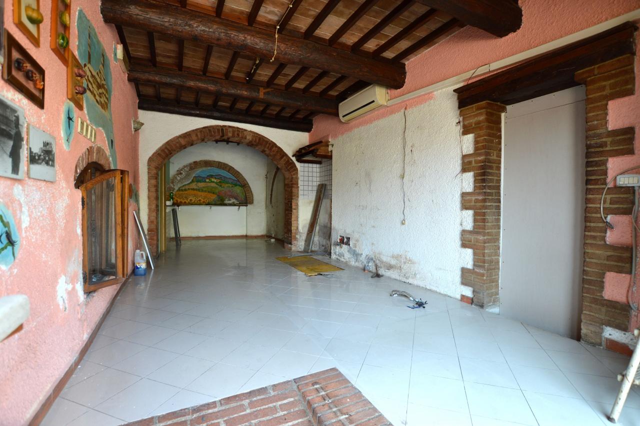 Negozio / Locale in vendita a Monteroni d'Arbia, 1 locali, prezzo € 40.000 | CambioCasa.it