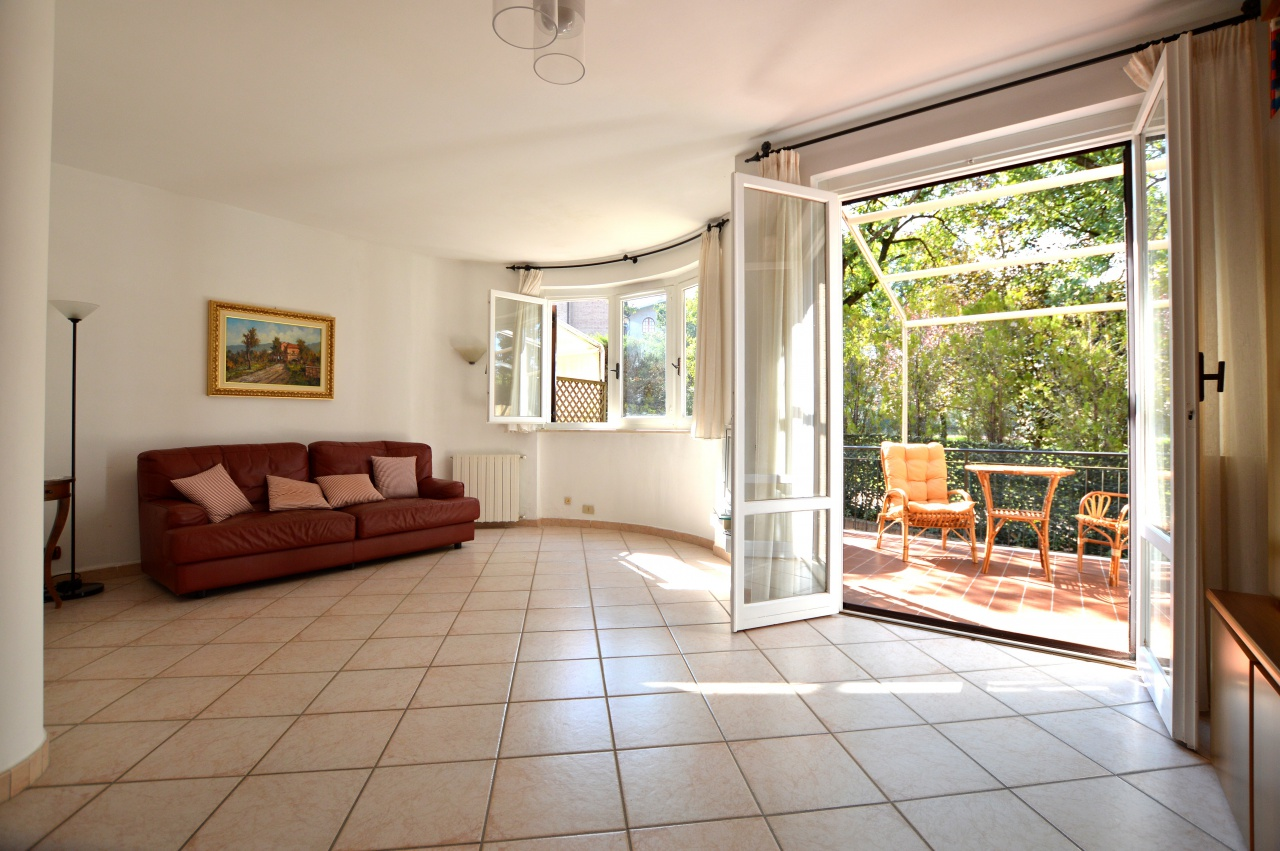 Appartamento in ottime condizioni in vendita Rif. 8181771