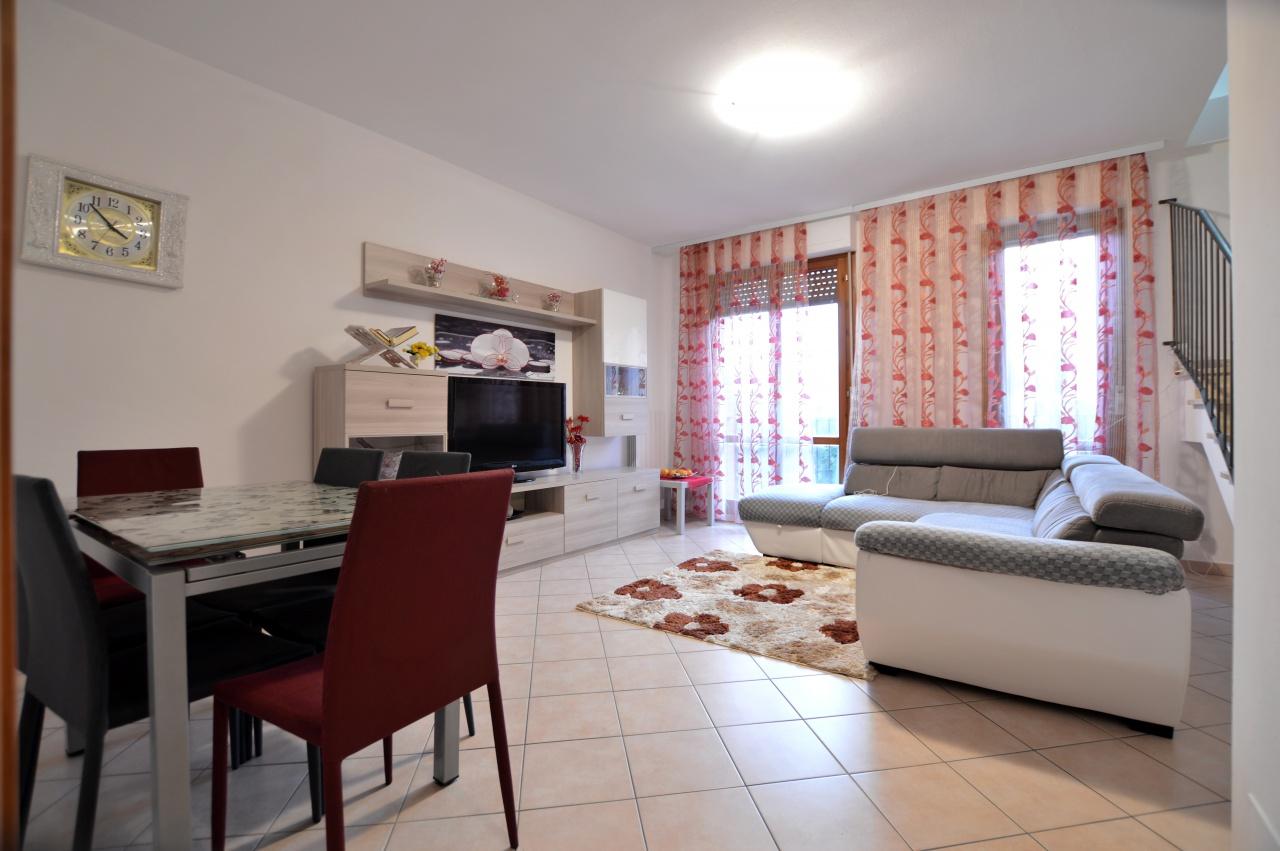Appartamento in vendita a Monteroni d'Arbia, 4 locali, prezzo € 189.000 | PortaleAgenzieImmobiliari.it