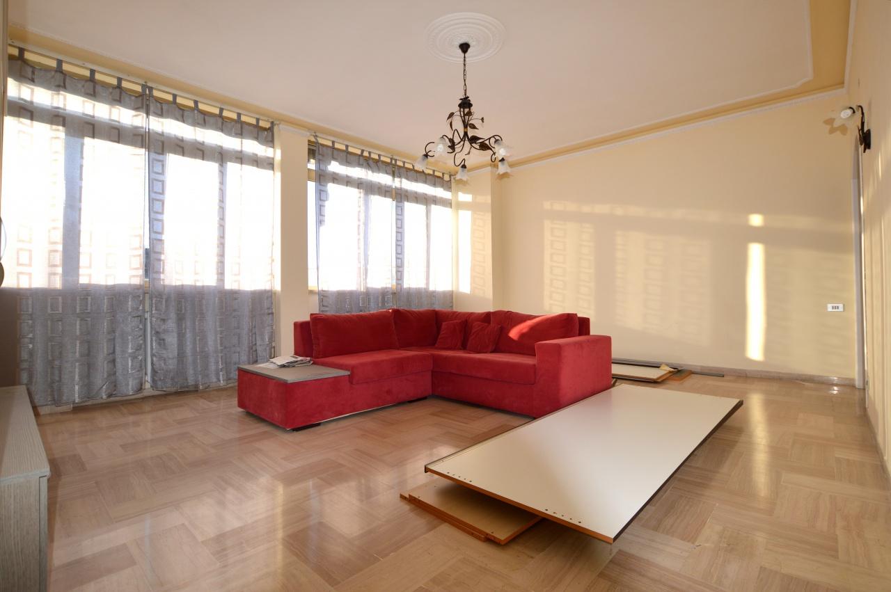 Appartamento in ottime condizioni in vendita Rif. 9298744