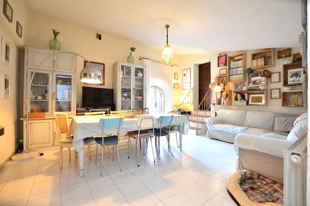 Appartamento in ottime condizioni in vendita Rif. 10286127