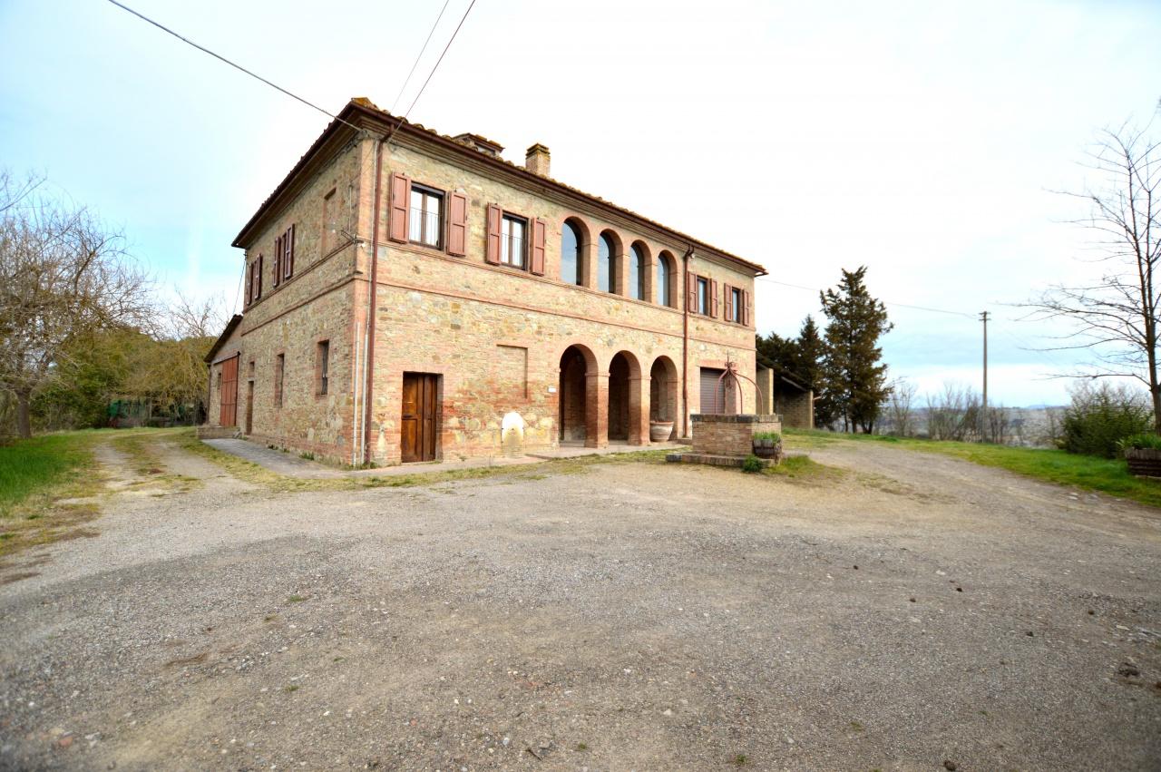 Rustico / Casale in buone condizioni in vendita Rif. 10465462
