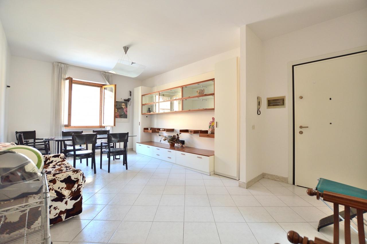 Appartamento in vendita a Siena, 5 locali, prezzo € 205.000 | CambioCasa.it