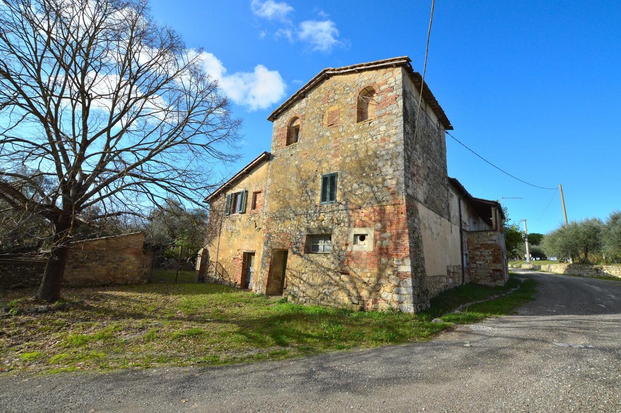 Rustico / Casale in discrete condizioni in vendita Rif. 11690372