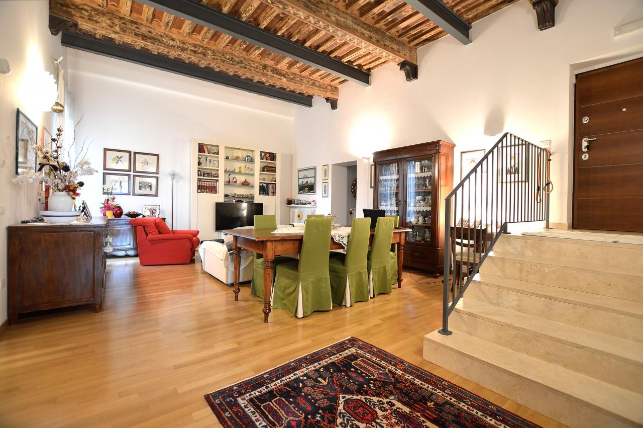 Appartamento, Via Pier Andrea Mattioli, Vendita - Siena (Siena)