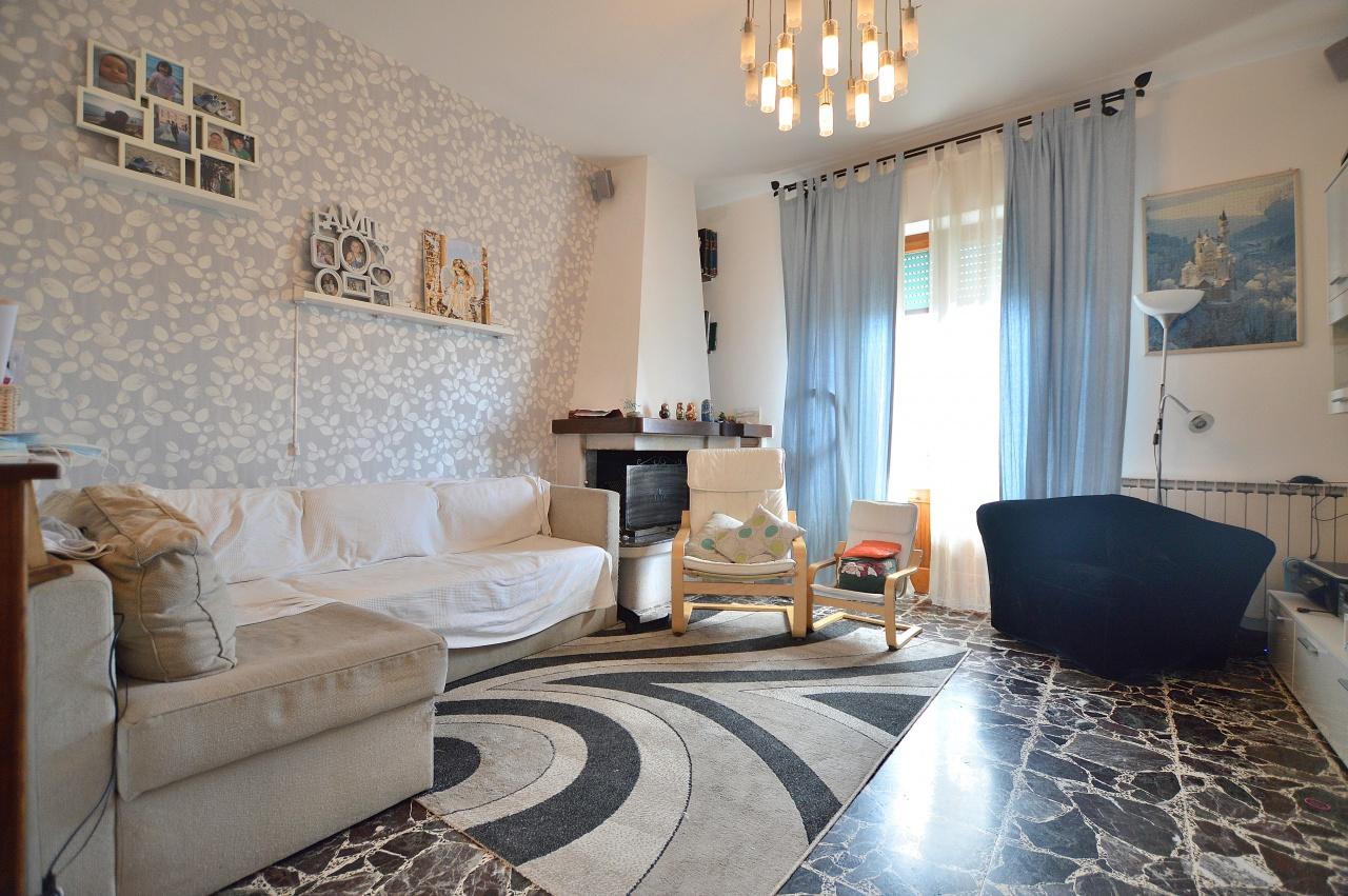 Appartamento in vendita a Monteroni d'Arbia, 4 locali, prezzo € 129.000 | PortaleAgenzieImmobiliari.it