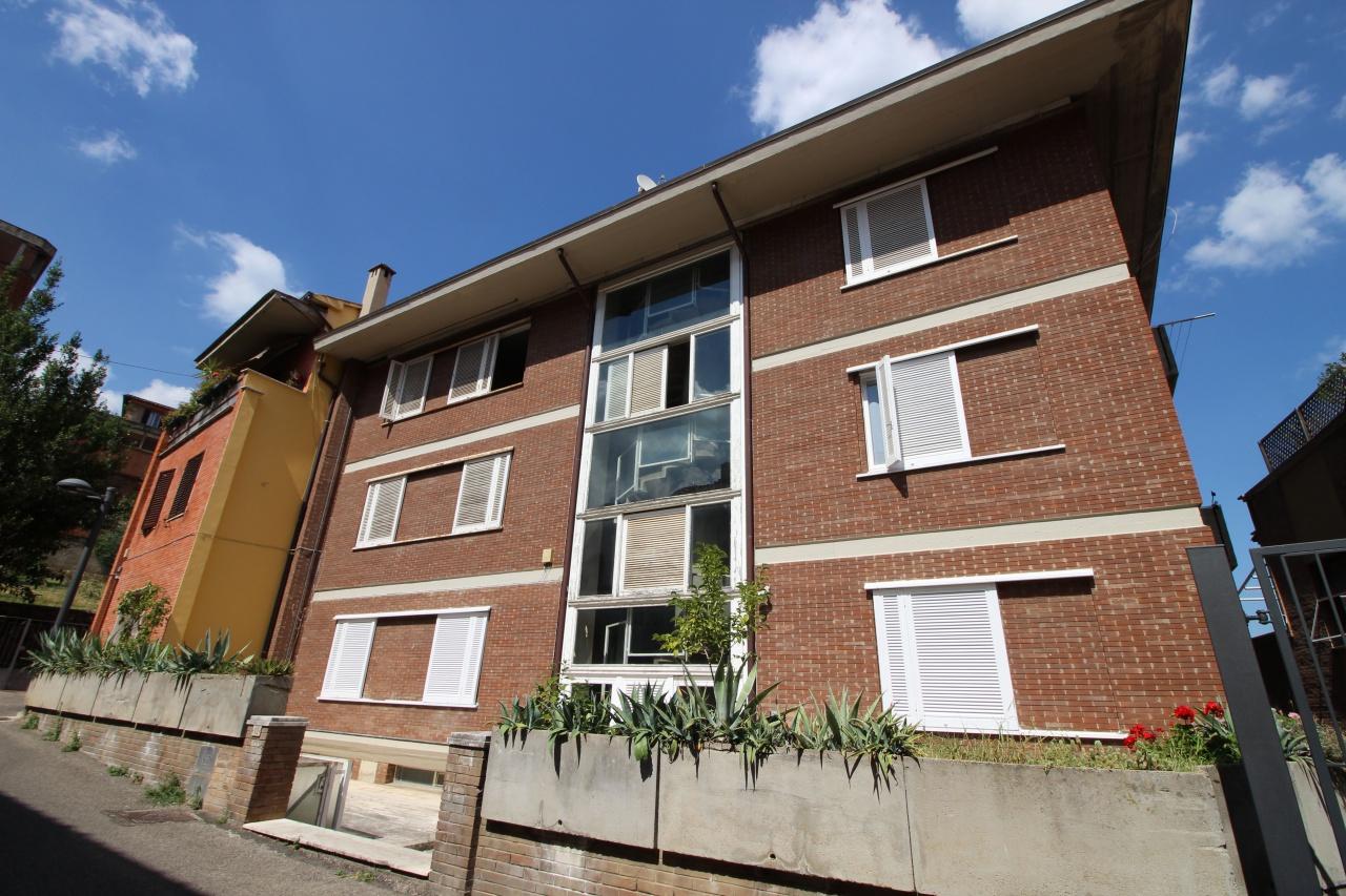 Appartamento in vendita a Siena, 4 locali, prezzo € 250.000 | CambioCasa.it