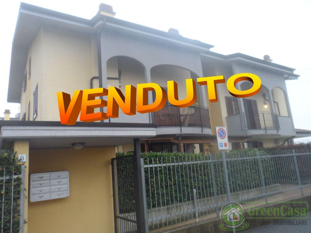 Appartamento in vendita a Roncello, 3 locali, prezzo € 138.000 | PortaleAgenzieImmobiliari.it