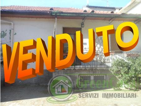 Appartamento in discrete condizioni in vendita Rif. 4777630