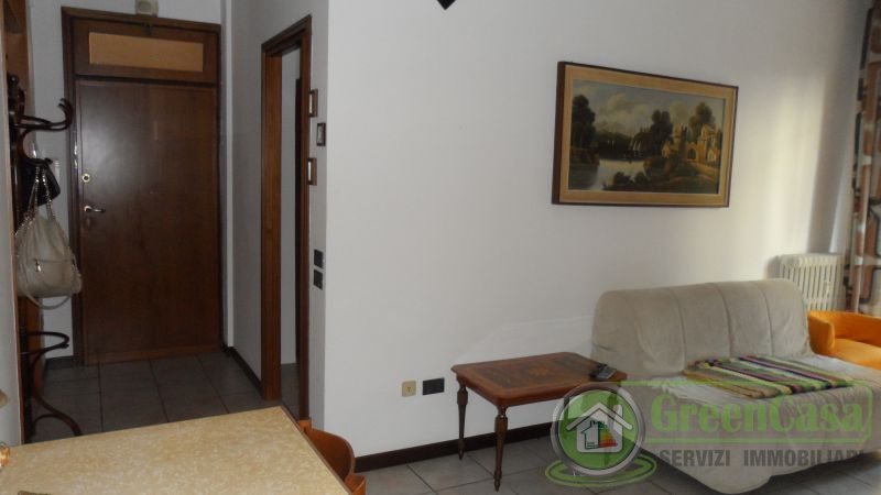Bilocale Cavenago di Brianza Via Matteotti 11