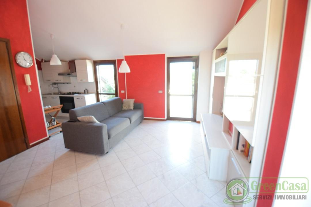Appartamento in vendita a Ornago, 3 locali, prezzo € 129.000   PortaleAgenzieImmobiliari.it