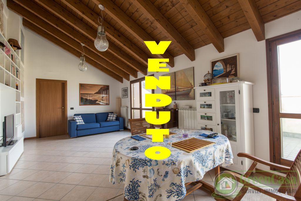 Appartamento in vendita a Ornago, 2 locali, prezzo € 94.000   PortaleAgenzieImmobiliari.it
