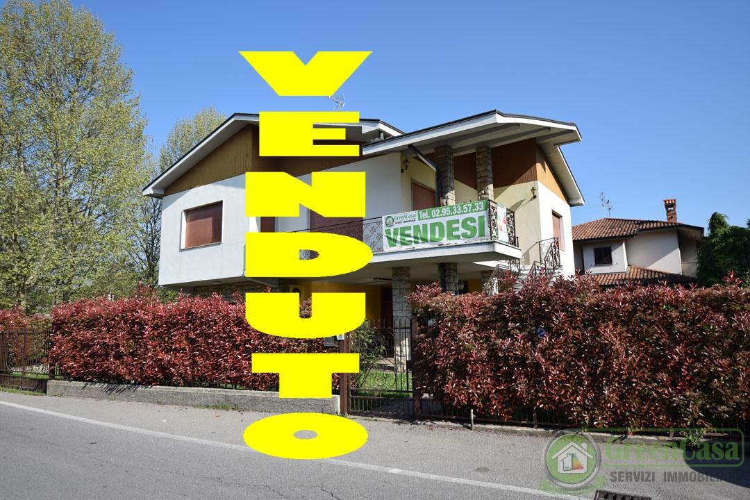 Villa in buone condizioni in vendita Rif. 12169850