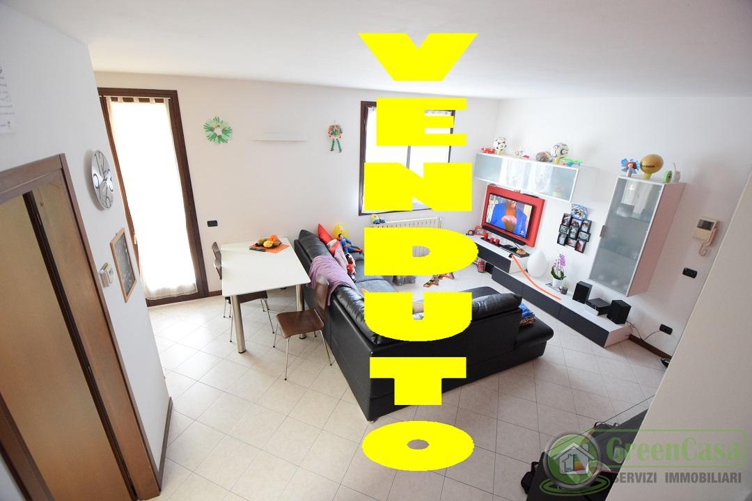 Appartamento in vendita a Cavenago di Brianza, 2 locali, prezzo € 121.000 | PortaleAgenzieImmobiliari.it