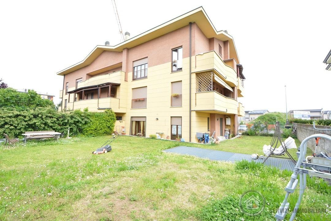 Appartamento in ottime condizioni in vendita Rif. 10393353