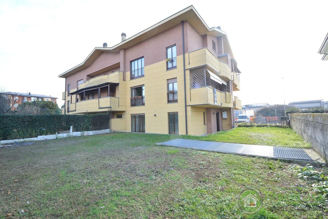 Appartamento in ottime condizioni in vendita Rif. 12169901