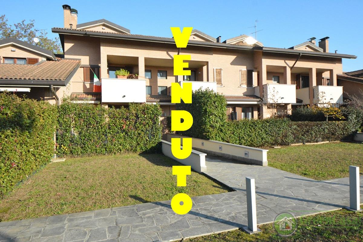 Appartamento in vendita a Cavenago di Brianza, 2 locali, prezzo € 120.000 | PortaleAgenzieImmobiliari.it