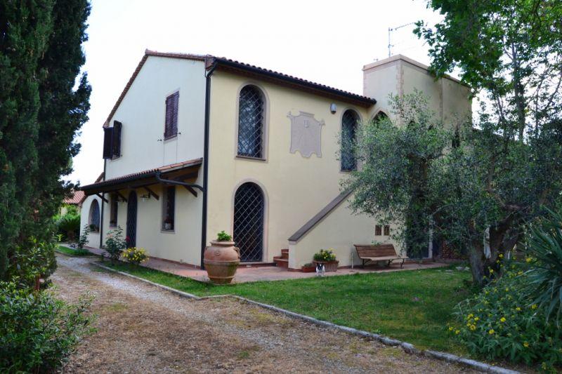 Villa in vendita a San Vincenzo, 7 locali, prezzo € 900.000 | Cambio Casa.it