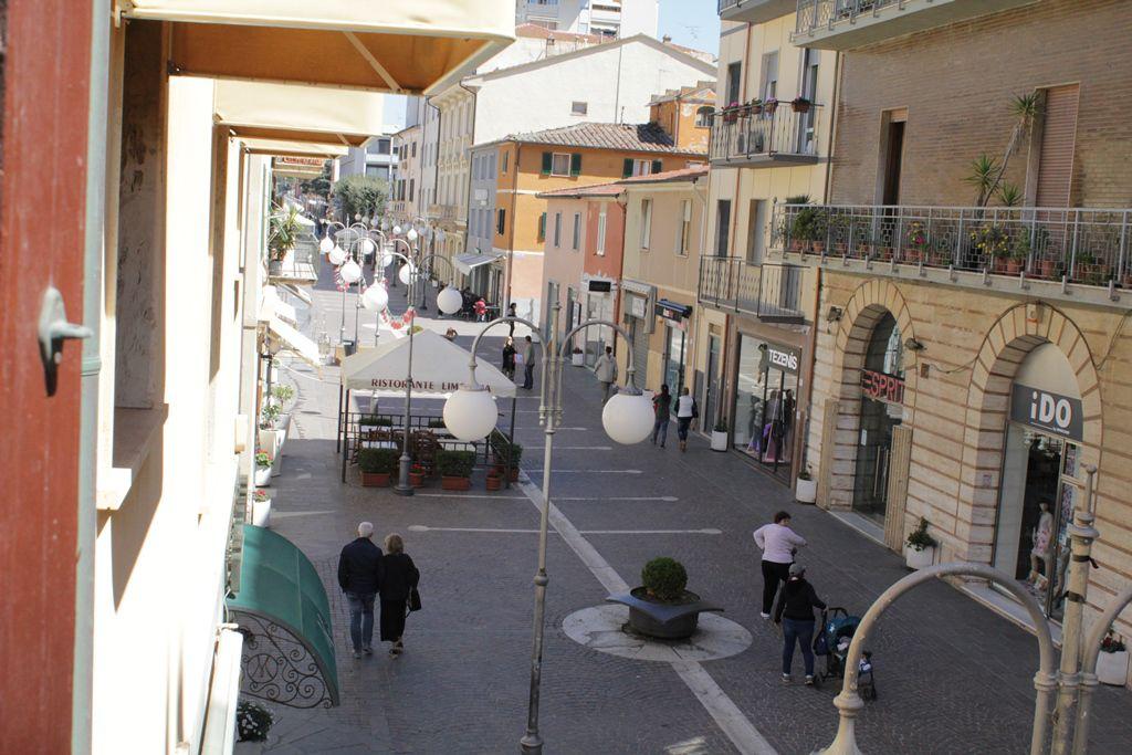 Bilocale Follonica Via Roma 7