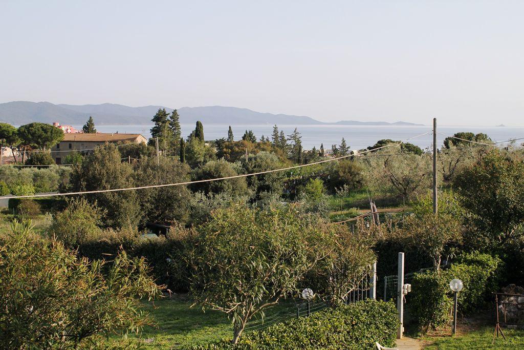 Villa in vendita a Follonica, 6 locali, Trattative riservate   Cambio Casa.it