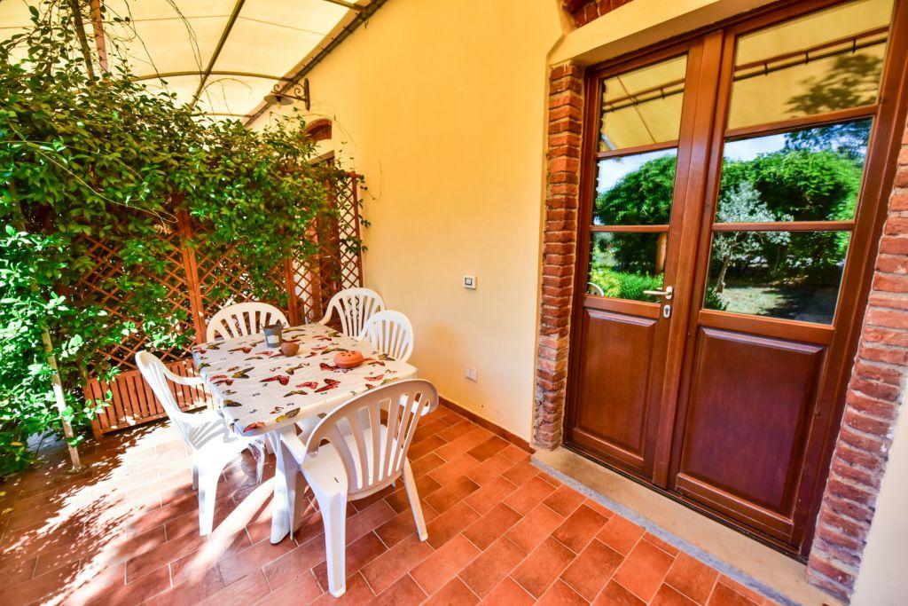 Rustico / Casale in vendita a Follonica, 3 locali, Trattative riservate | CambioCasa.it
