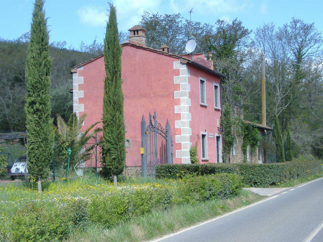 Rustico / Casale in vendita a Suvereto, 5 locali, prezzo € 380.000 | CambioCasa.it