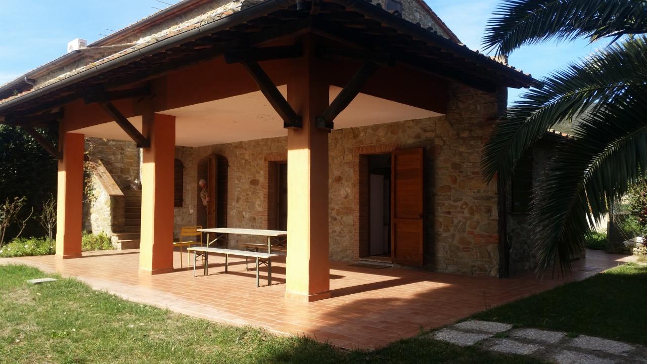 Rustico / Casale ristrutturato in vendita Rif. 5893895