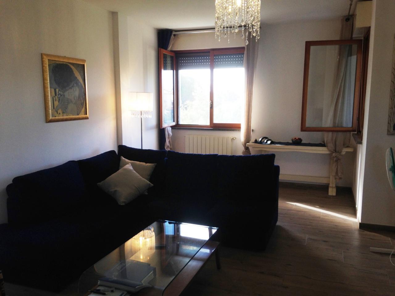 Appartamento in ottime condizioni in vendita Rif. 8529876