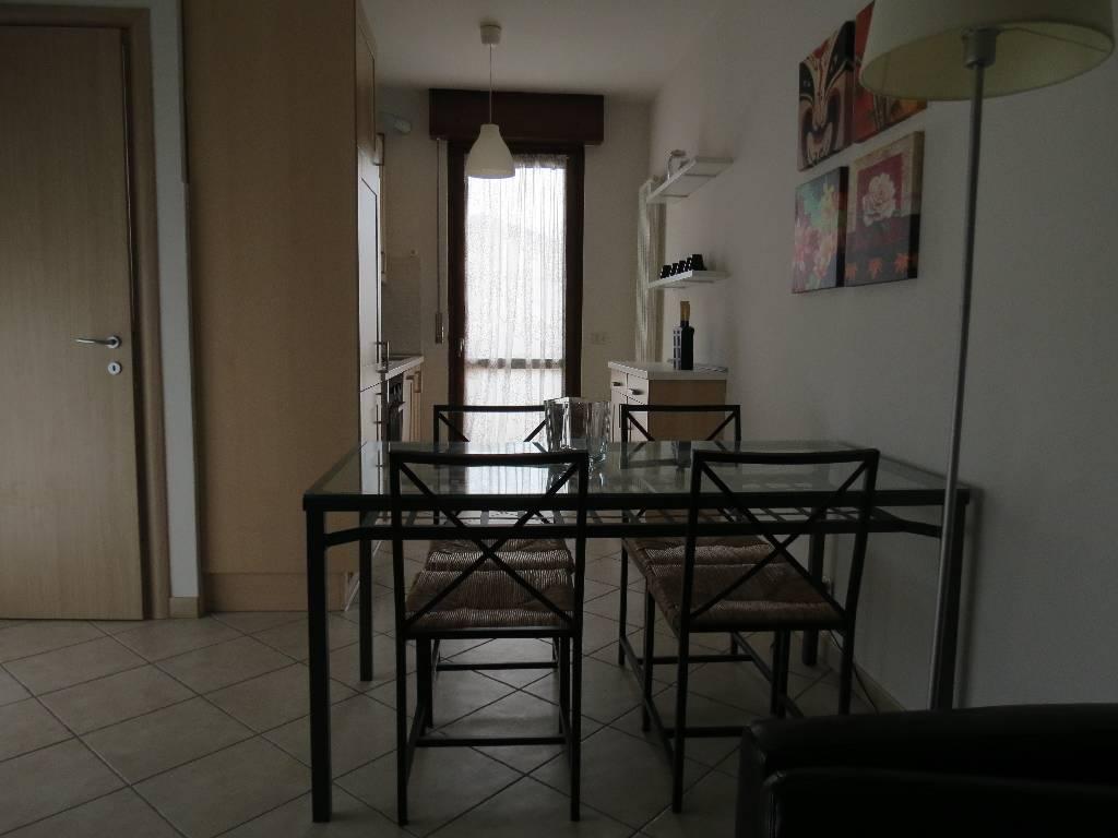 Appartamento in vendita a Rottofreno, 3 locali, prezzo € 125.000 | CambioCasa.it
