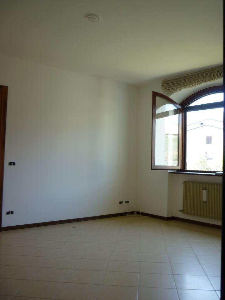 Appartamento in vendita a Vigolzone, 3 locali, prezzo € 115.000 | PortaleAgenzieImmobiliari.it