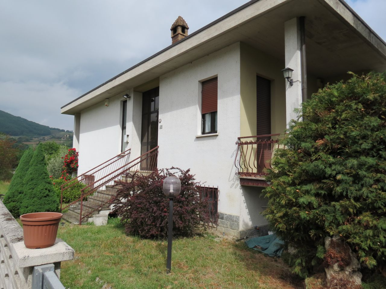 Villa a Schiera in Vendita a Vernasca