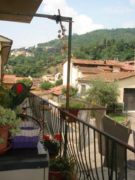 Appartamento in vendita a Vernio, 4 locali, zona Località: VERNIO, prezzo € 89.000 | Cambio Casa.it