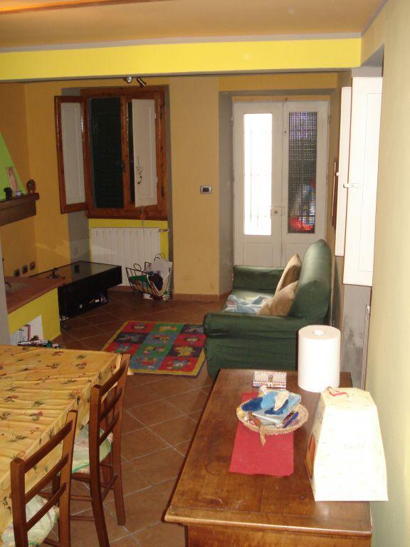 Soluzione Indipendente in vendita a Cantagallo, 2 locali, zona Zona: Il Fabbro, prezzo € 90.000 | Cambio Casa.it