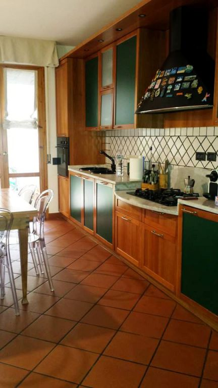 Appartamento in vendita a Vaiano, 3 locali, zona Località: VAIANO, prezzo € 195.000 | Cambio Casa.it