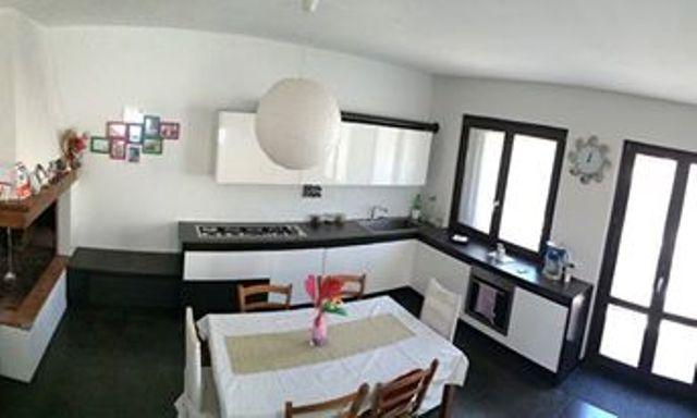 Soluzione Indipendente in vendita a Vaiano, 4 locali, zona Zona: Schignano, prezzo € 165.000 | Cambio Casa.it