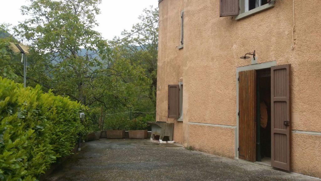 Soluzione Indipendente in vendita a Vernio, 4 locali, zona Località: SANTO STEFANO, prezzo € 73.000 | Cambio Casa.it