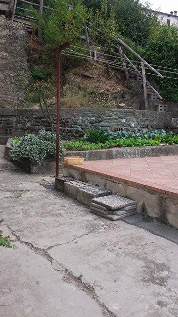 Soluzione Indipendente in vendita a Vernio, 5 locali, prezzo € 170.000 | Cambio Casa.it