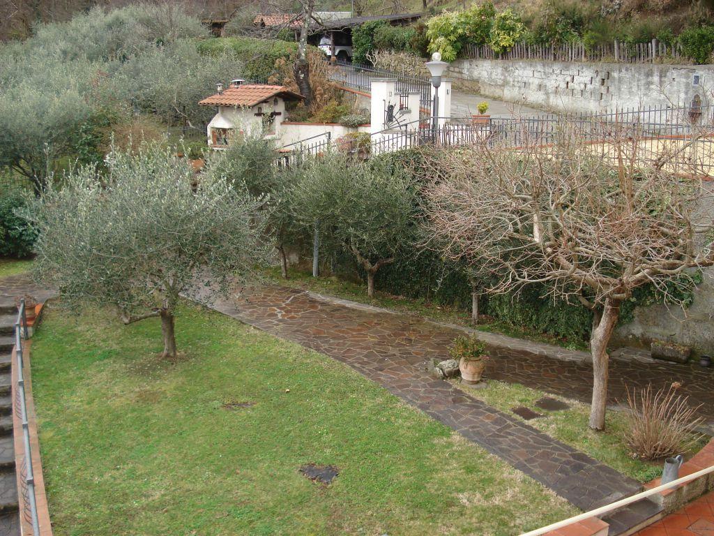 Soluzione Indipendente in affitto a Vaiano, 9999 locali, prezzo € 650 | Cambio Casa.it