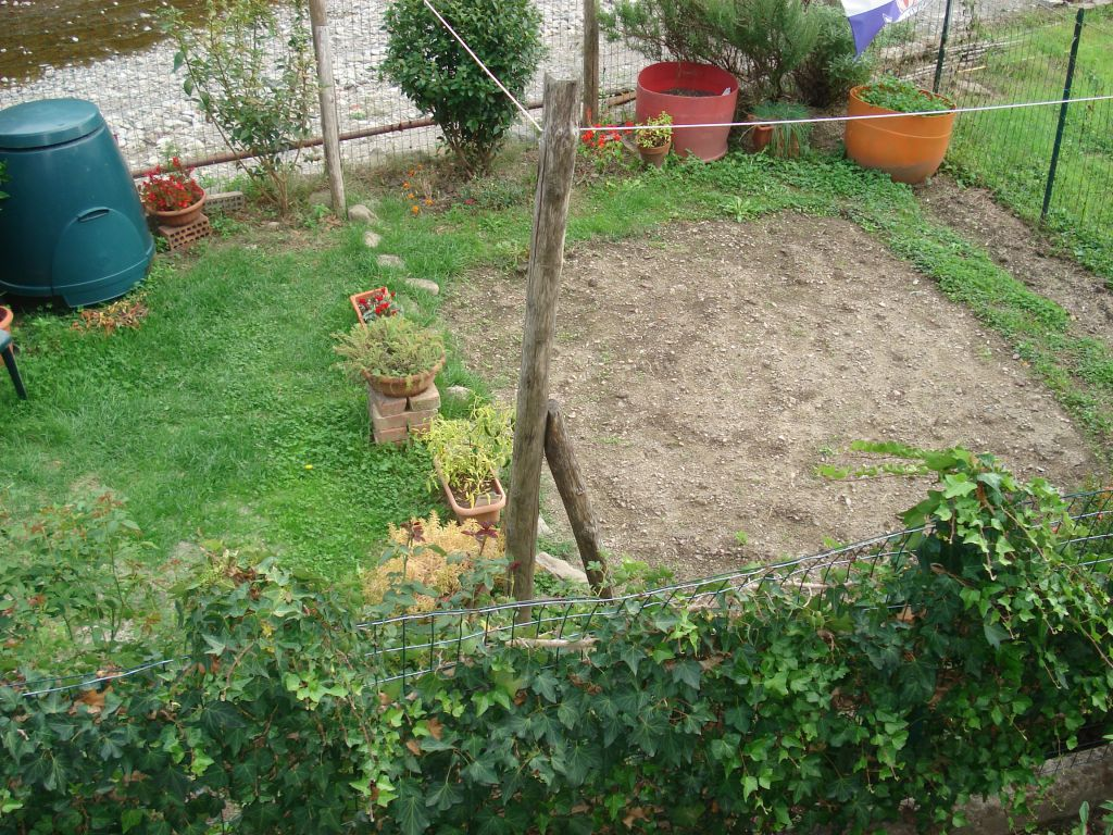Soluzione Indipendente in vendita a Vernio, 5 locali, zona Località: LE CONFINA, prezzo € 160.000 | Cambio Casa.it