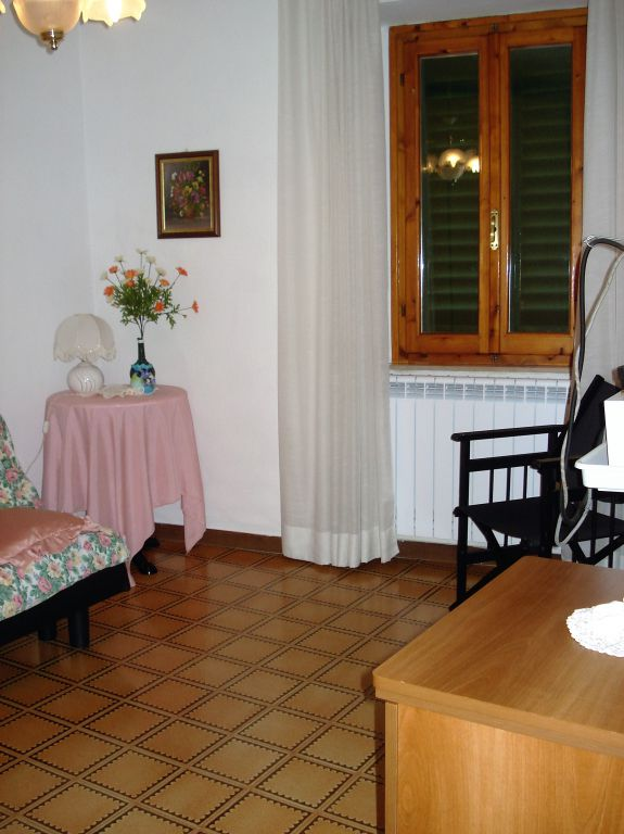Soluzione Indipendente in affitto a Vernio, 4 locali, prezzo € 450 | Cambio Casa.it