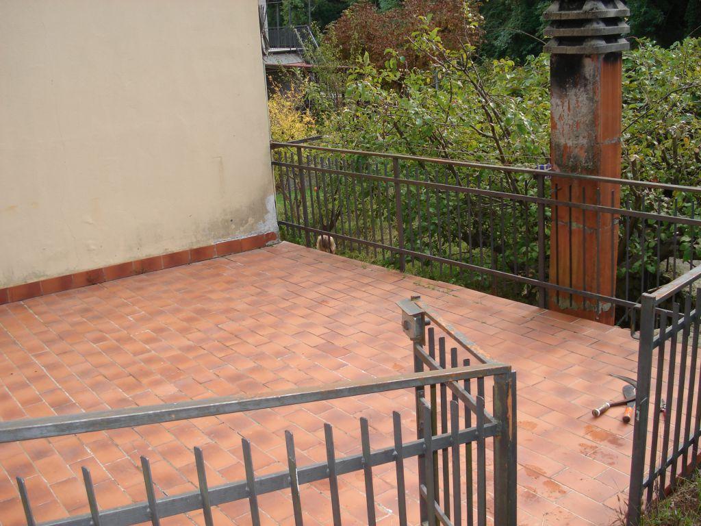 Soluzione Indipendente in vendita a Vernio, 4 locali, zona Località: VERNIO, prezzo € 120.000 | Cambio Casa.it