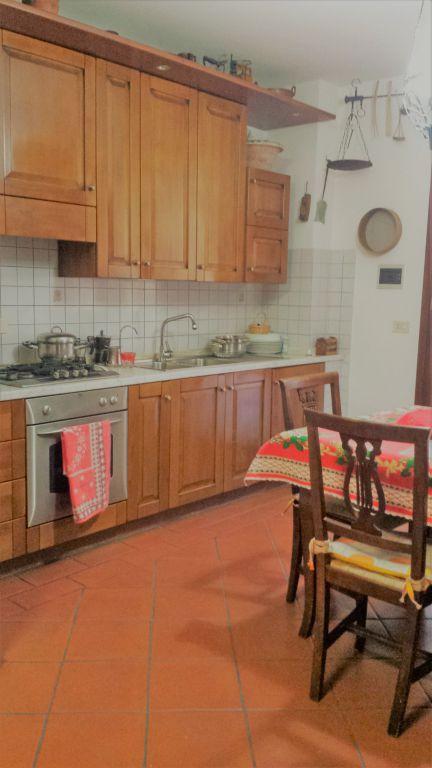 Soluzione Indipendente in vendita a Cantagallo, 3 locali, Trattative riservate | CambioCasa.it