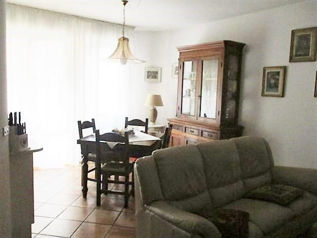 Appartamento in vendita a Vaiano, 4 locali, zona Località: Vaiano, prezzo € 160.000 | Cambio Casa.it