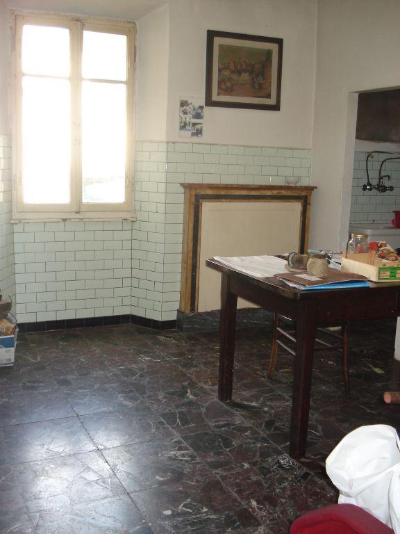 Appartamento in vendita a Vernio, 3 locali, zona Località: VERNIO, prezzo € 68.000 | Cambio Casa.it